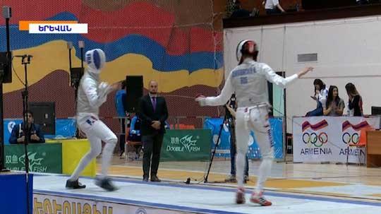 Օլիմպիական չեմպիոն Յանա Եգորյանը հետեւել է սուսերամարտի Եվրոպայի առաջնությանը