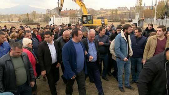 Գ. Ծառուկյանն այցելել է Աբովյանում կառուցվող երիտասարդական թաղամասի շինհրապարակ